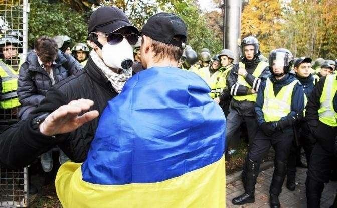 Украина ждет, когда все рухнет, а Россия разберется и заплатит