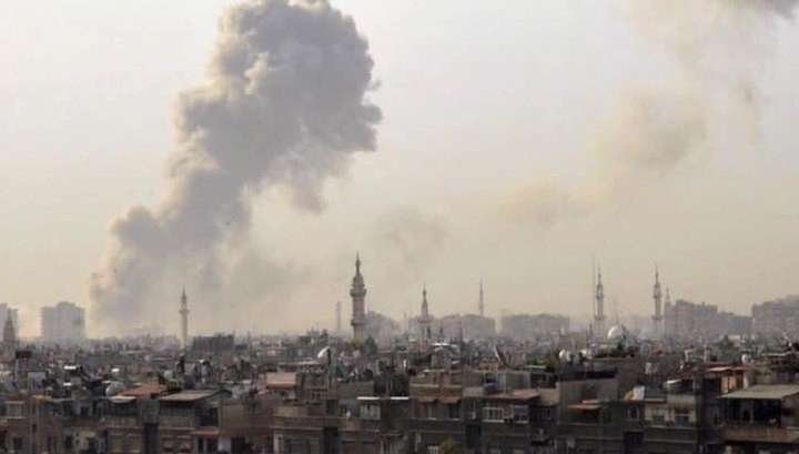 На юге Сирии в результате терактов погибло не менее 100 человек