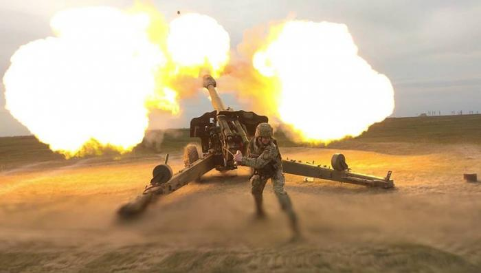 Украинские силовики обстреляли позиции нацистов «Правого сектора» и «Азова»