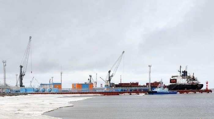 «Проект будущего»: зачем Россия строит в Арктике многокилометровую железную дорогу