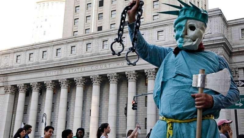 США: буйство свидомизма, который хочет задавить нас массой