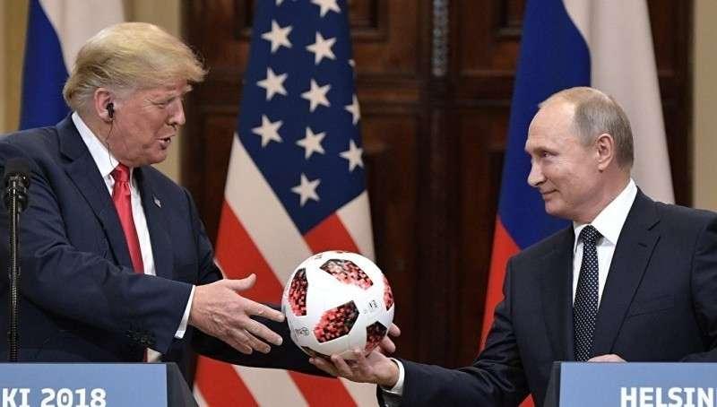 В мяче, подаренном Владимиром Путиным Дональду Трампу, нашли