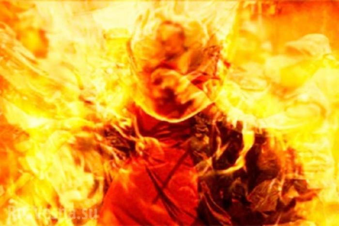 Каратель ВСУ устроил самосожжение у Минобороны. Типичная Украина