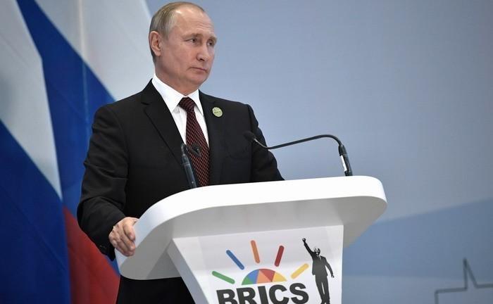 Владимир Путин рассказал о большой ошибке Вашингтона и готовности встретиться с Трампом