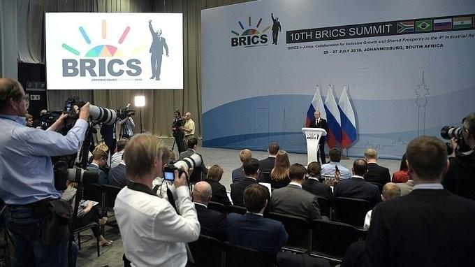 Пресс-конференция Владимира Путина поитогам саммита БРИКС. Полная версия