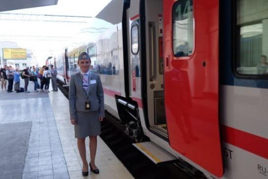 На железной дороге в обход Украины открылся новый вокзал