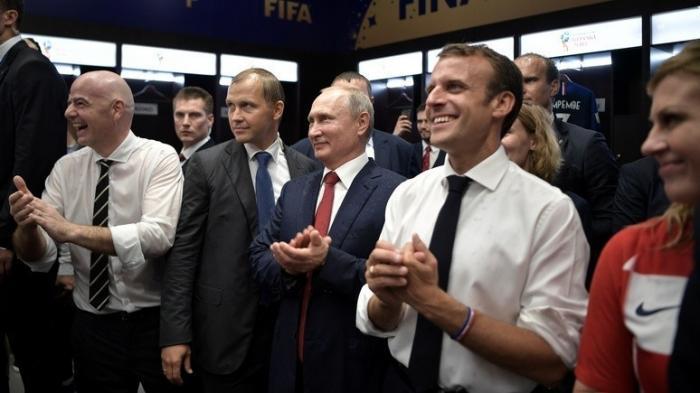 Французские СМИ: Макрон понял, что все дороги ведут в Москву и стал политическим реалистом