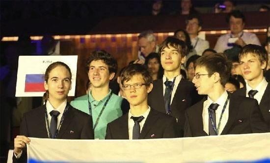 Российская чудо-команда школьников: четыре золота наолимпиаде пофизике