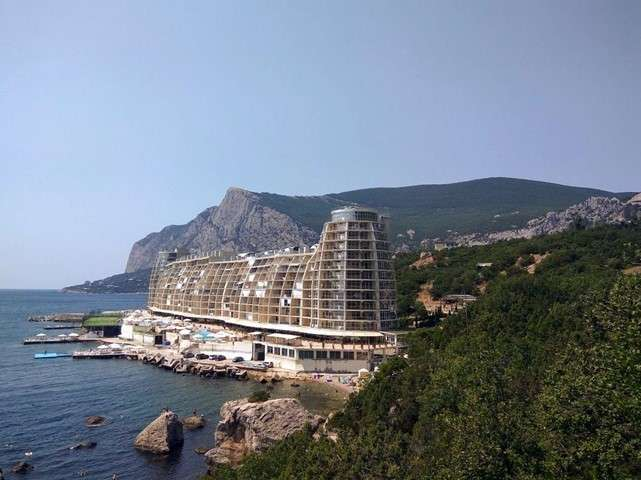 После открытия моста, Крым, как курортный регион, переживает второе рождение