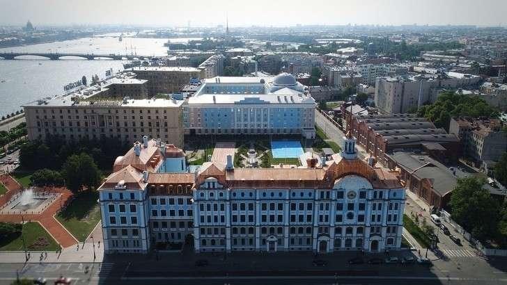 Новое здание Нахимовского училища вСанкт-Петербурге построено за181 день