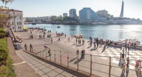 Украинцы, увидев своими глазами Крым, осознают масштаб лживой пропаганды киевской хунты