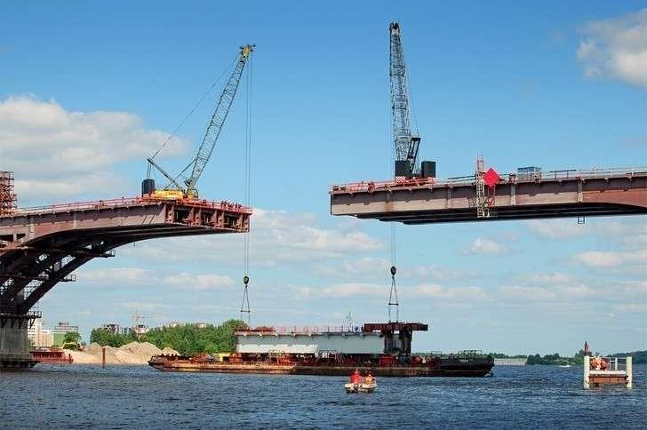 Строительство моста через Волгу вДубне