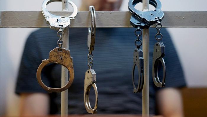Арестованы два офицера ФСБ попавшиеся на откате