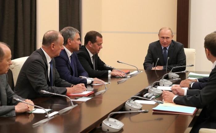 Владимир Путин провёл совещание с постоянными членами Совета Безопасности 02.08.2018