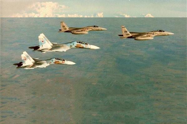 Иностранцы о первом «бое» F-15 и Су-27: «Неудивительно, что США это скрывали…»