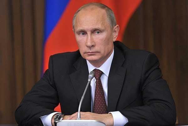 Владимир Путин поздравил российских десантников с Днём ВДВ