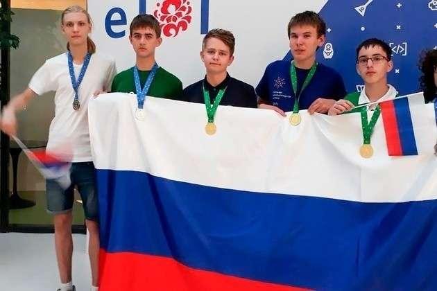 Российская сборная второй раз подряд победила наЕвропейской олимпиаде юниоров поинформатике