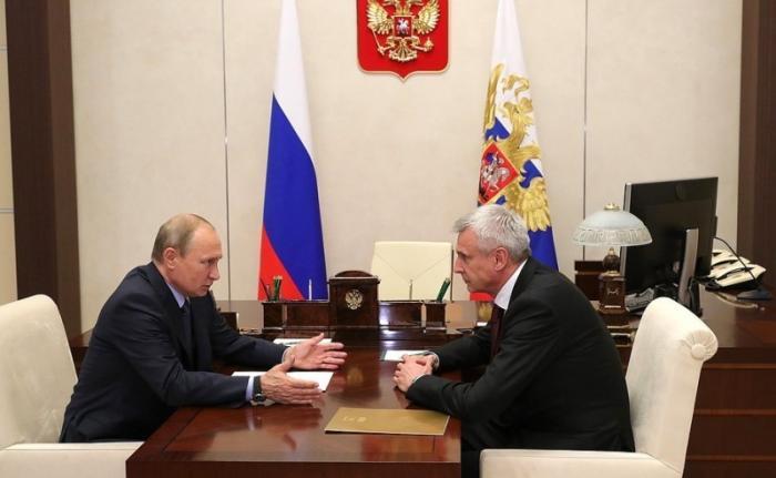 Владимир Путин провёл встречу сврио губернатора Магаданской области Сергеем Носовым