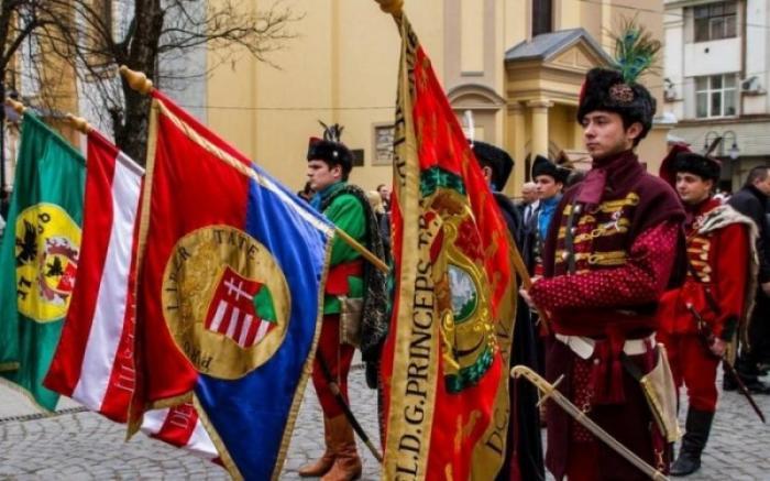 Венгрия уже открыто готовится делить земли Украины