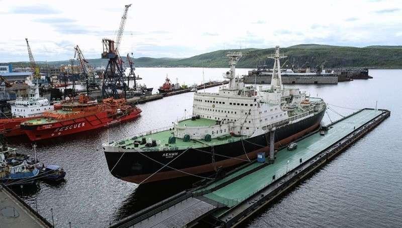 Дедолларизация: Владимир Путин установил в российских портах тарифы в рублях