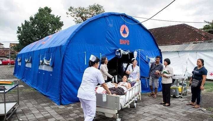 Землетрясение в Индонезии: более 90 погибших, сотни раненых