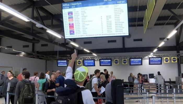В Европе отменили 400 авиарейсов из-за забастовки пилотов Ryanair