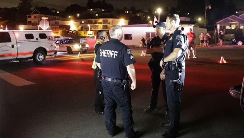 Сломленный работник аэропорта Сиэтла угнал самолёт и разбился