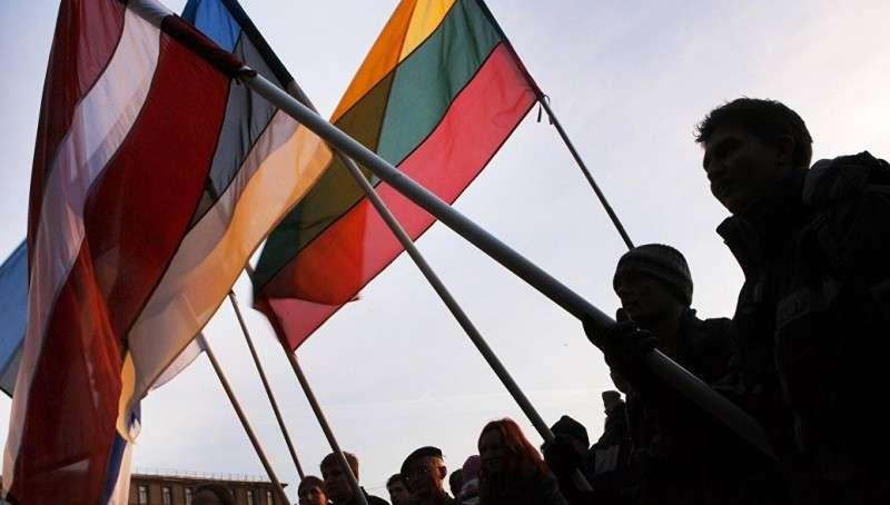 США испытывают биологическое оружие в Прибалтике