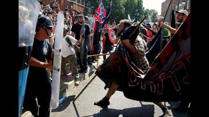 Беспорядки в Шарлоттсвилле объявили русской атакой