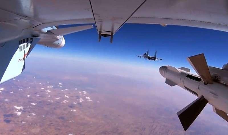 В Сирии ВКС России уничтожили склад оружия и штаб американских наёмников