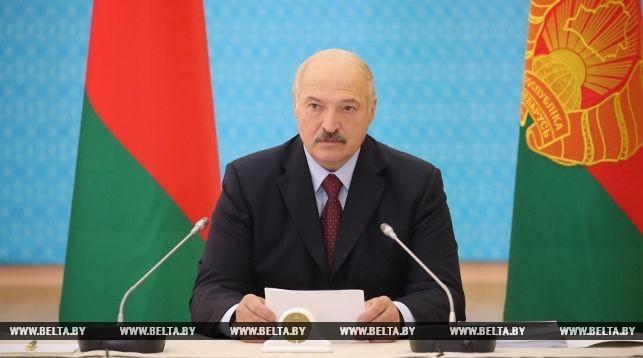 Лукашенко пробует навести порядок в своём кибуце