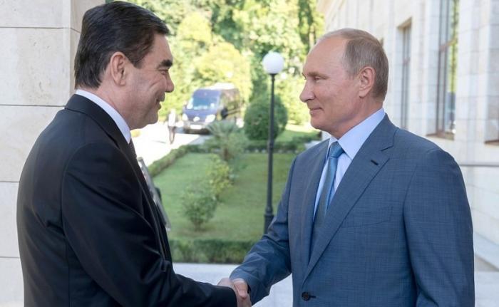 Владимир Путин принял в сочинской резиденции Президента Туркменистана