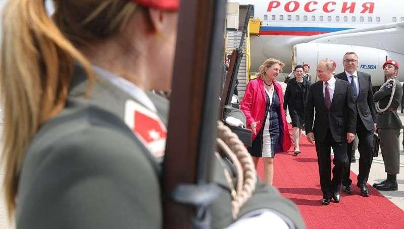 Владимир Путина посетит свадьбу главы МИД Австрии, перед встречей с Меркель
