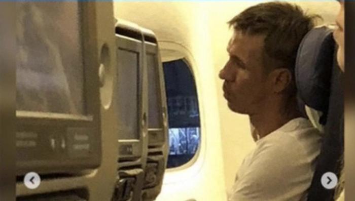 Актёр-дебошир Панин «развернул» самолет обратно в Крым