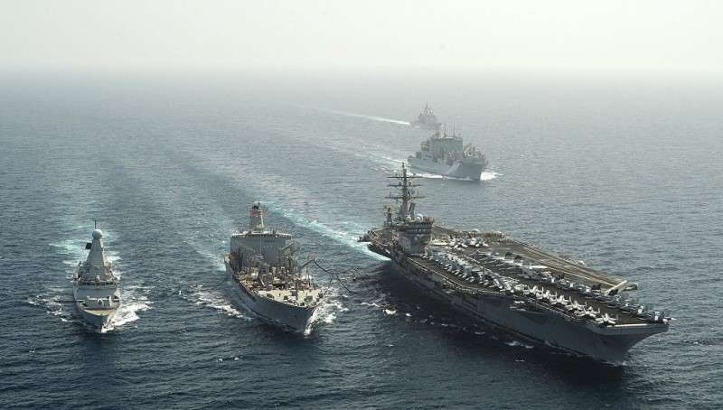 Авианосец «Эйзенхауэр» в Азовском море: стратегия Украины с треском провалилась