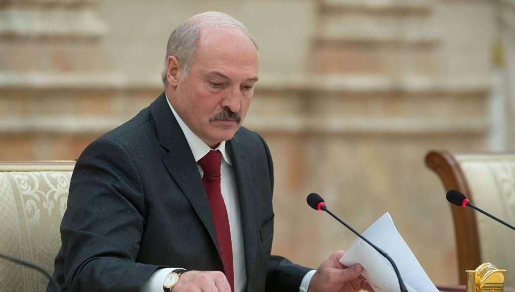 Лукашенко отправил в отставку руководство правительства Белоруссии за их «пофигизм» за их «пофигизм»