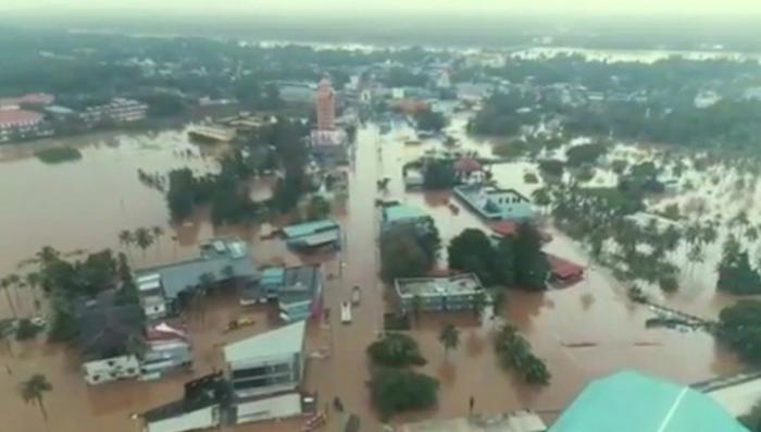 Наводнение в Индии – крупнейшее за сто лет, погибли более 330 человек