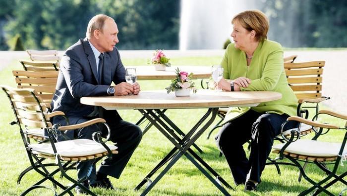 Переговоры Владимира Путина и Ангелы Меркель продолжались три часа