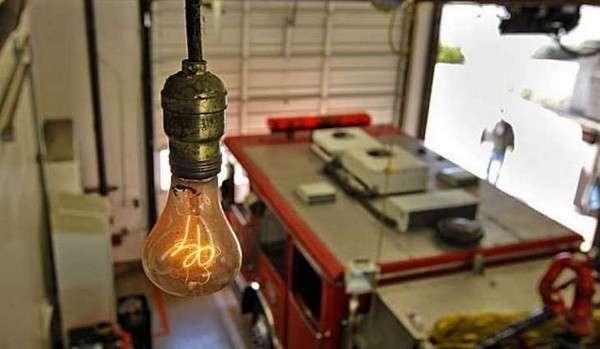 Удивительная лампочка, которая практически безпрерывно светит уже более ста лет