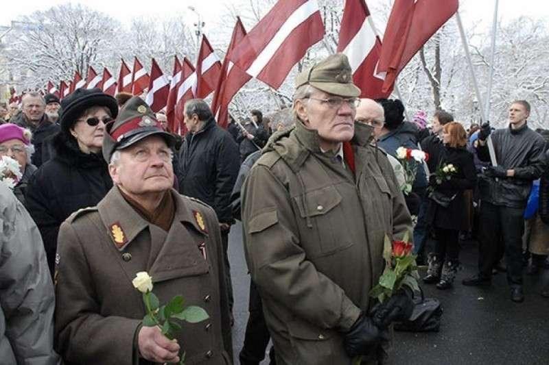 Фейсбук разбанил страницу латышского легиона СС и извинился