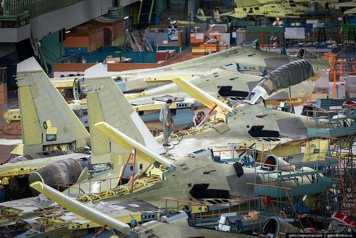 Производство самолетов Су-30 иЯк-130. Иркутский авиационный завод