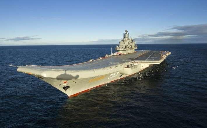 Крейсер «Адмирал Кузнецов» вышел вморе