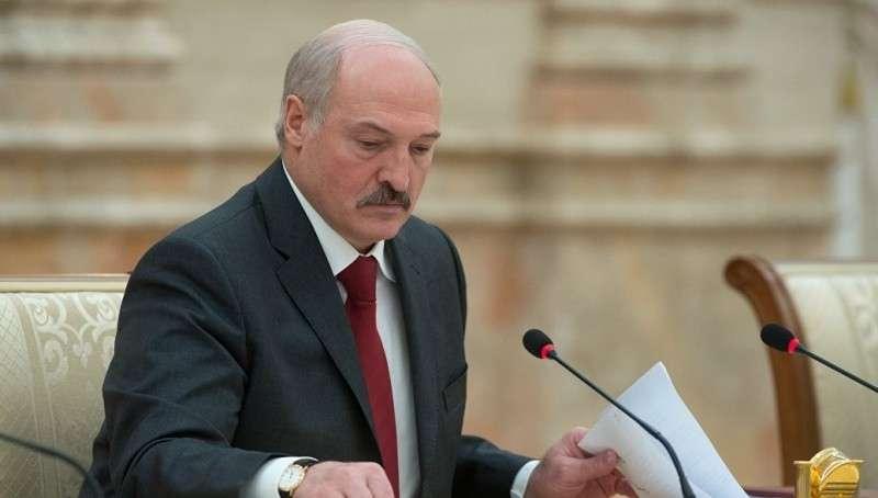Александр Лукашенко прогнал министров паразитов. При чём тут Россия