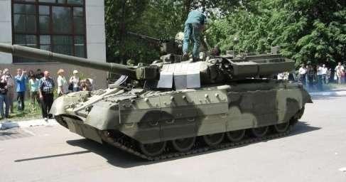 В Киеве заглох не просто танк, а гордость украинского ВПК – танк «Ятаган»