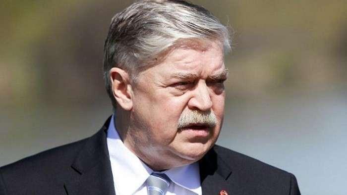 Посол Евгений Лукьянов – чужой игрок в российской команде?