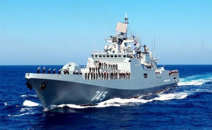 Сразу два новейших фрегата Черноморского флота России идут в Сирию