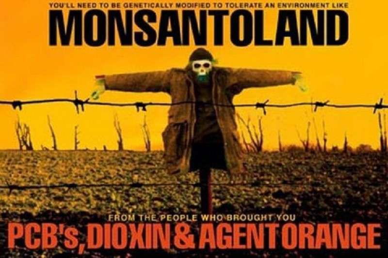 Вьетнам потребовал от Monsanto ответить за химические атаки США