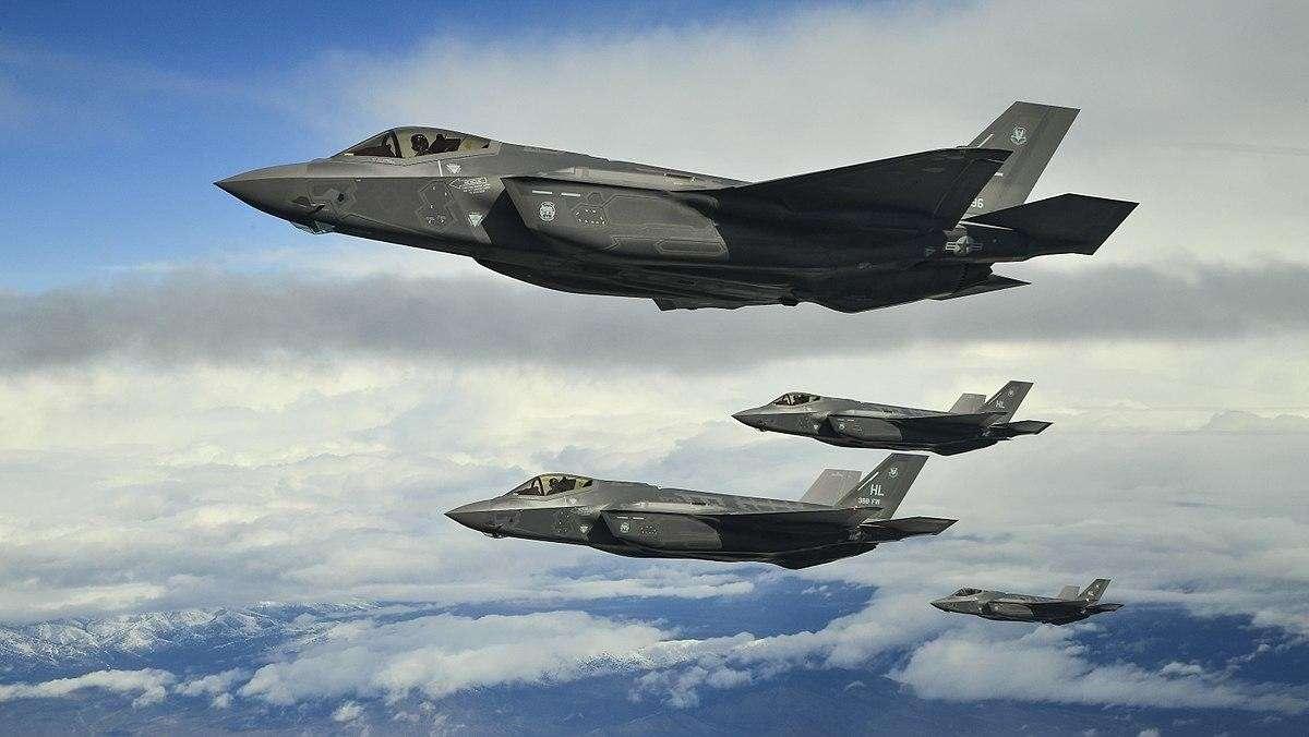 Пиндосы вновь опарафинились: у F-35 обнаружили 966 серьезных проблем