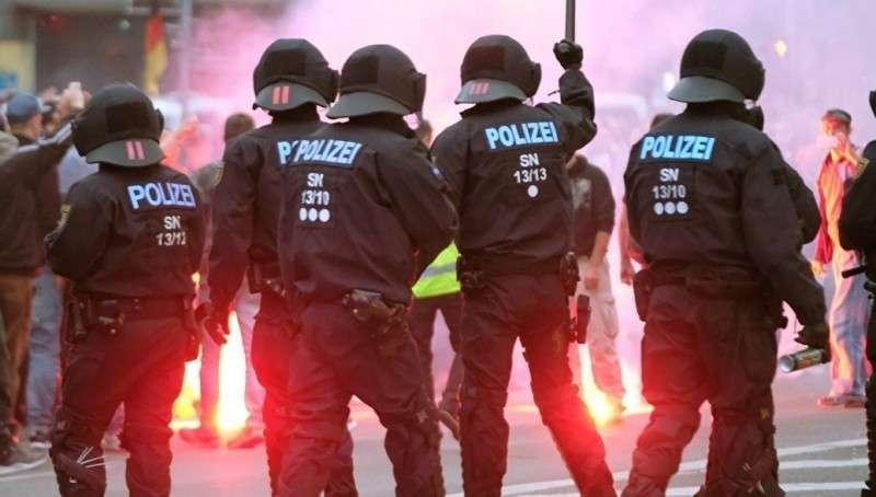 Хемниц: восточные немцы взбунтовались против убийств мигрантами соотечественников