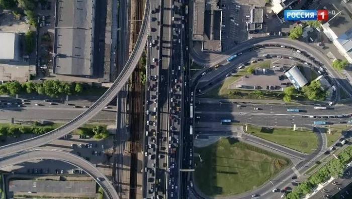 Документальный фильм «Мегаполис». Как живёт и преображается Москва